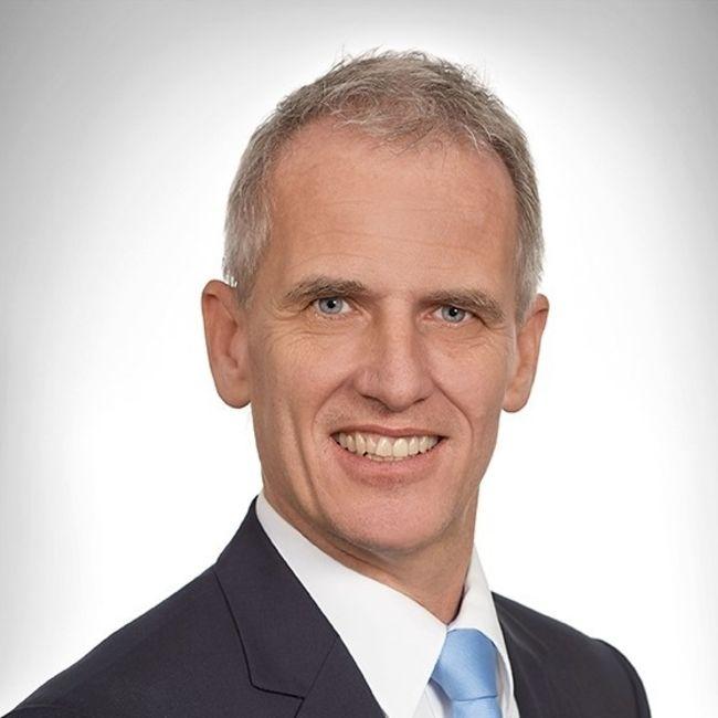 Sven Bradke